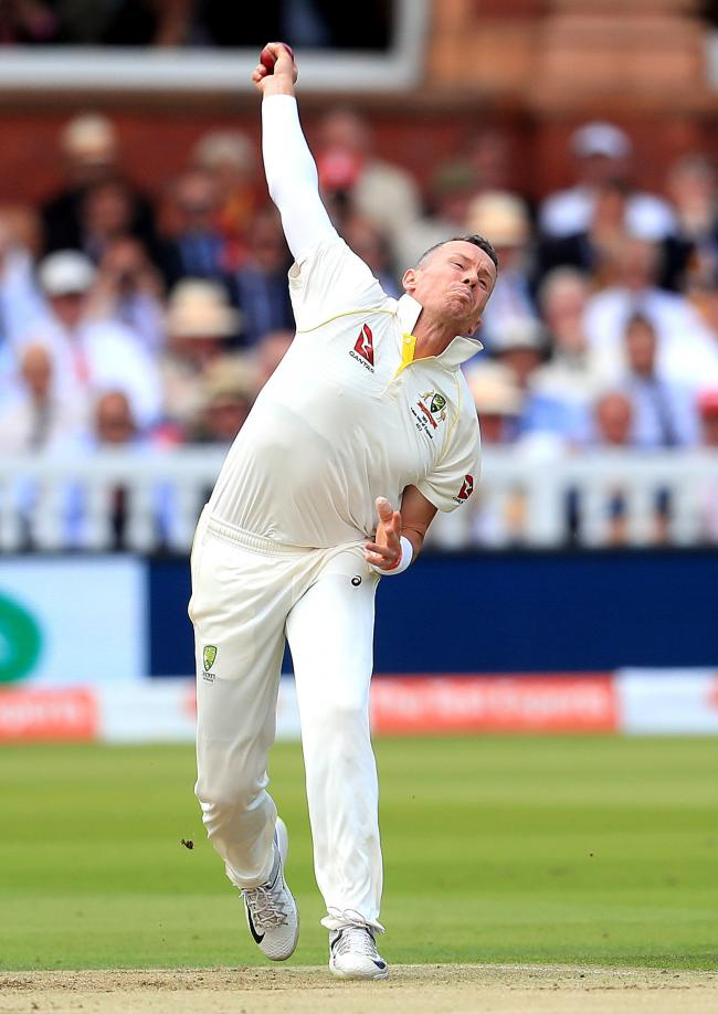 Delayed - fast bowler Peter Siddle