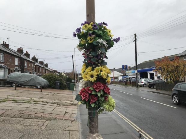Chelmsford Weekly News: A flower tribute on South Street