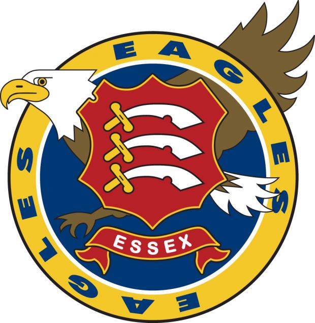 Chelmsford Weekly News: EAGLES: Tim Phillips signs new one year deal with Essex