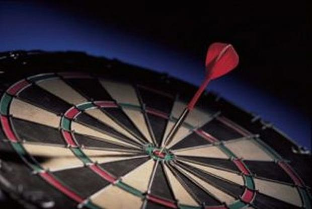 Chelmsford Weekly News: DARTS: Tense finish set for league season