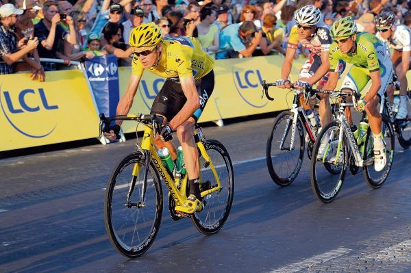 Froome in the Maillot Jaune