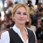 Chelmsford Weekly News: Julia Roberts and Elton John join efforts to raise funds on US Red Nose Day