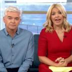 Chelmsford Weekly News: Holly Willoughby apologises after Joey Essex swears on This Morning