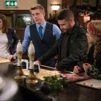 Chelmsford Weekly News: Emmerdale fans 'drowning in tears' as 'Robron' exchange vows