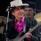 Chelmsford Weekly News: Bob Dylan to meet Nobel academy to receive literature diploma