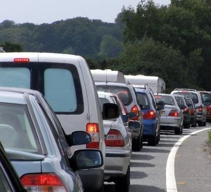 Pic of queuing traffic