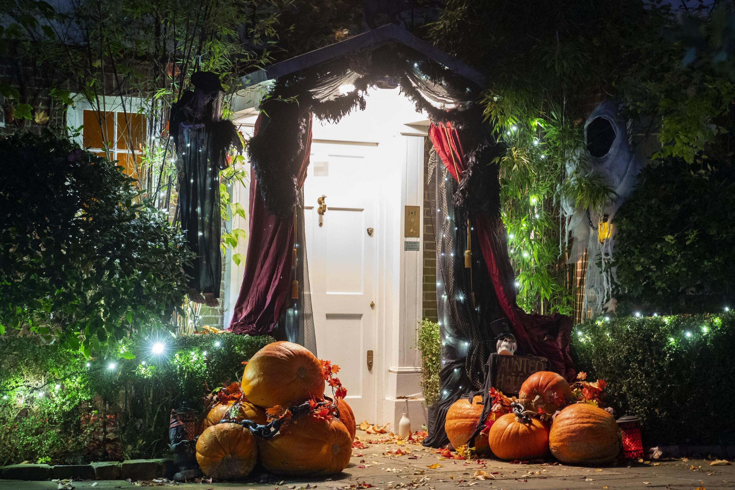 Stars don their spooky best for Jonathan Ross's Halloween bash